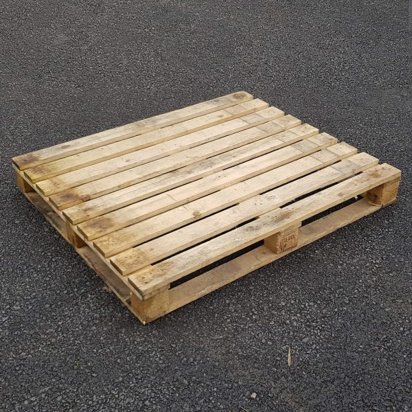 UK Standard Pallet - 1200x1000mm Medium Block